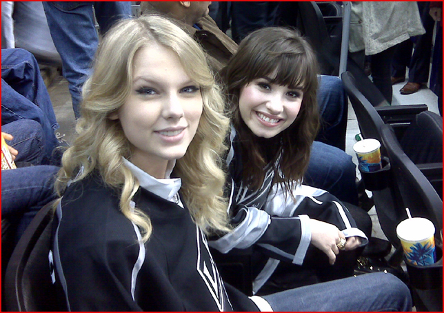 Taylor Swift Taylor Lautner Hockey. Taylor Swift and Demi Lovato