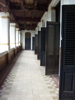 This is the reason why they named it Lawang Sewu