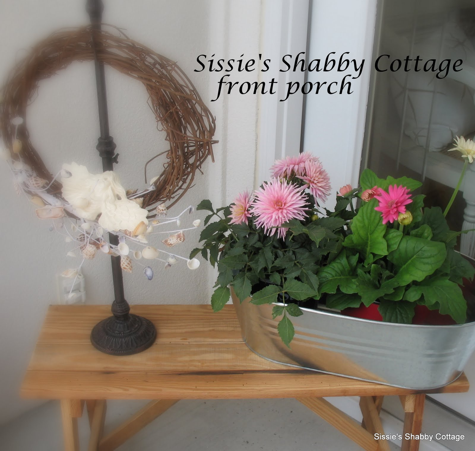 http://1.bp.blogspot.com/_Q3DE251yZ64/TAlUm2HalBI/AAAAAAAADEg/HJGvZvvUWO4/s1600/sissie%27s+shabby+cottage+013.JPG