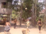 លេងបាល់ Play ball
