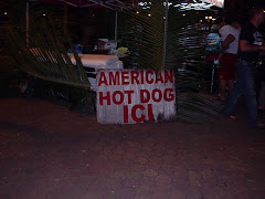 Yep thats a hot dog stand, never see them here!!