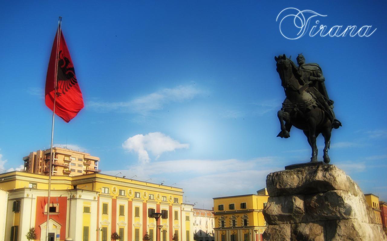 http://1.bp.blogspot.com/_Q4PujQ40gRs/S-BTrCscnhI/AAAAAAAAAj0/9N-itm0wFsI/s1600/Tirana2.jpg