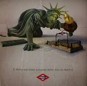 . mínimos been withdrawn from service. Well, we are back to a 50% service . (statue of liberty metro madrid)