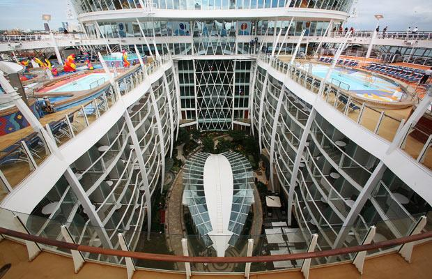cruise ship 16 World's Biggest Cruise Ship Ever