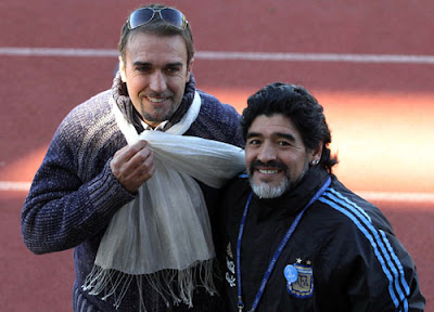 foto de batistuta en pretoria, concentracion argentina, junto a maradona