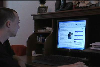http://1.bp.blogspot.com/_Q6FHwHp0aBI/THzEnHnSh0I/AAAAAAAABTA/quadddhu6sE/s1600/teen-blogger-at-computer-08130000_rdax_676x456.jpg