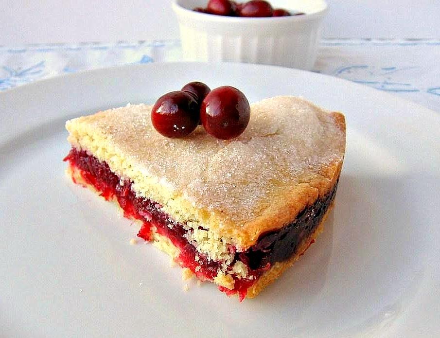... gamine dans la cuisine: Tuesdays with Dorie: Cranberry Shortbread Cake