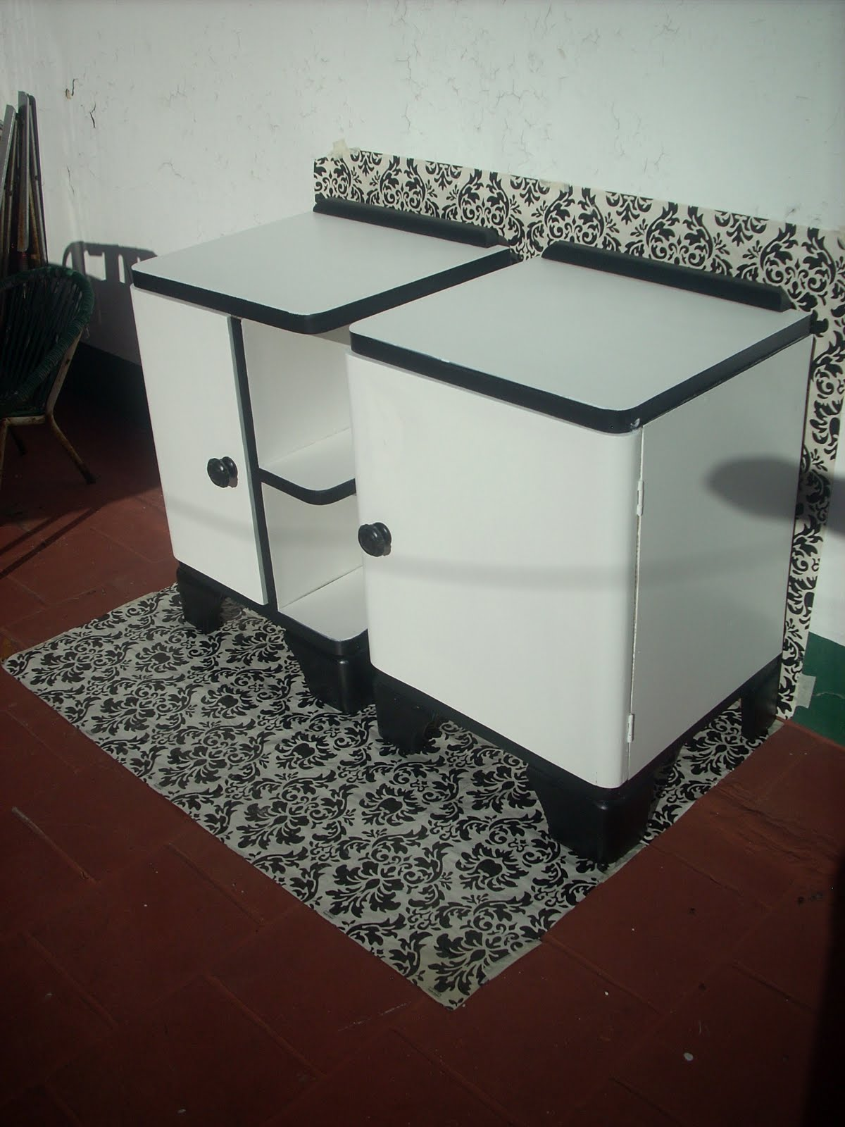 COSITAS VINTAGE Muebles reciclados: Excelente par de mesas ...