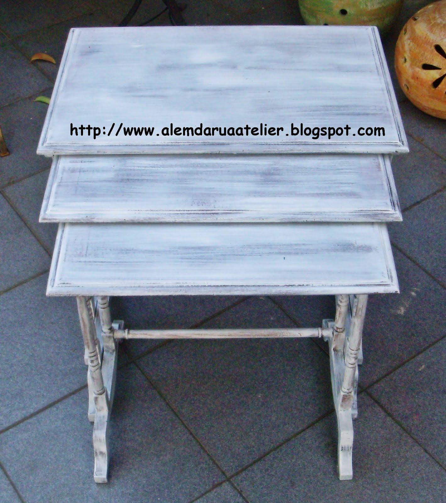 Pátina em banco e trio de mesas de madeira – Antes e depois  #734928 1419x1600