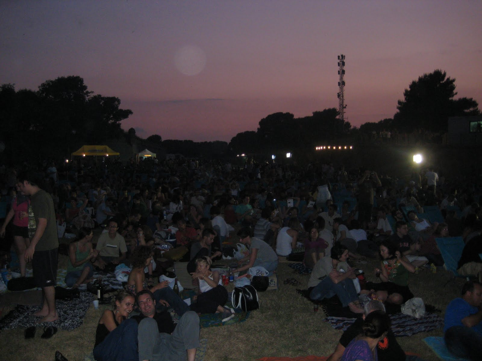 Barcelona a journal of the past and present cinema a la for Cinema fresca montjuic