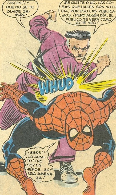 Jonah Jameson zurrando a Spiderman