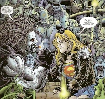 Lobo y Supergirl a brazo partido