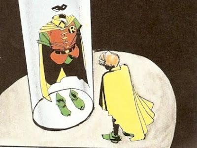 Robin pasando revista a su traje