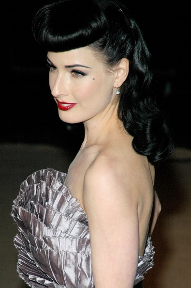 Retro Hairstyles, Long Hairstyle 2011, Hairstyle 2011, New Long Hairstyle 2011, Celebrity Long Hairstyles 2044