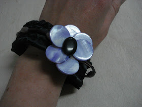 scrap ribbon bracelet with beaded flowers satin ribbon elastic waistband wire easy craft project