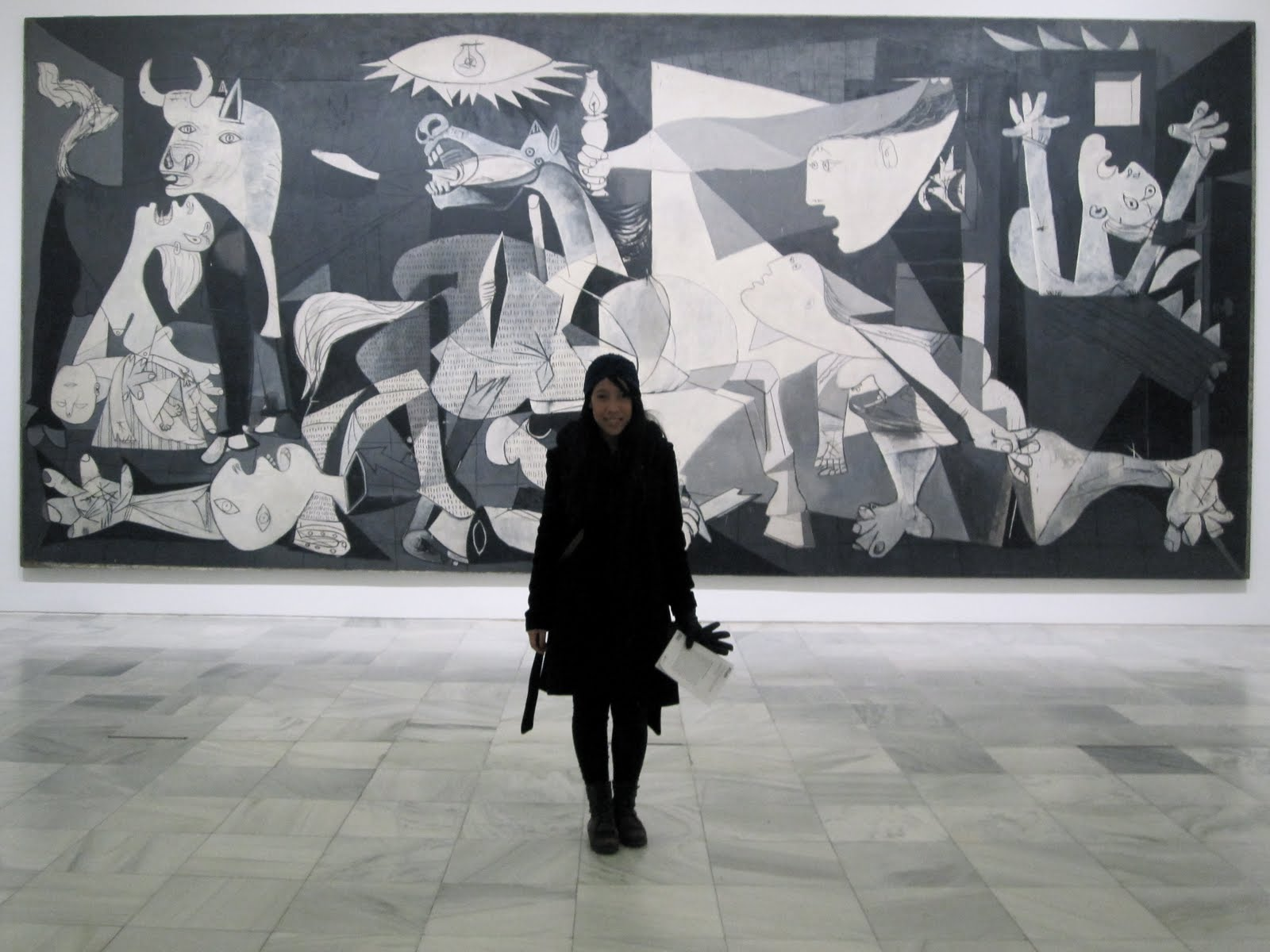 picasso guernica style Pablo picasso: pablo picasso, spanish painter, sculptor, printmaker, and ceramicist, one of the greatest artists of the 20th century and cocreator of cubism.