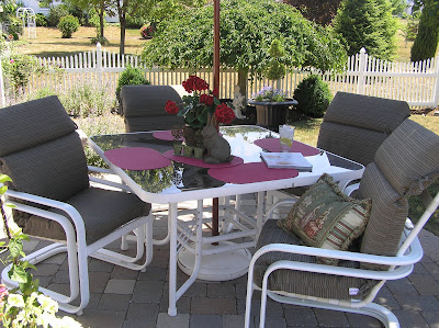 We've had this set for a looooooong time and recently were looking to  replace it. We are tired of it and the paint is chipping off, the cushions  have been ... - Patio Furniture ReDo ~ |