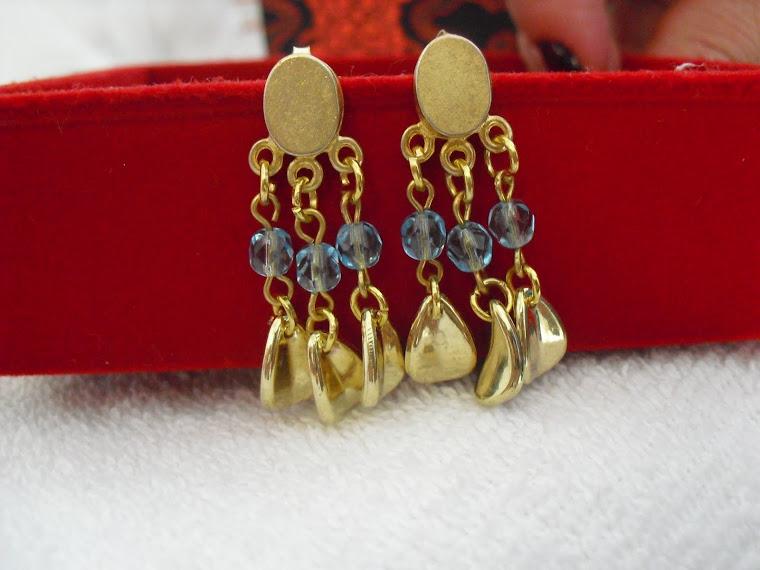 Sofisticação dourado com cristais!