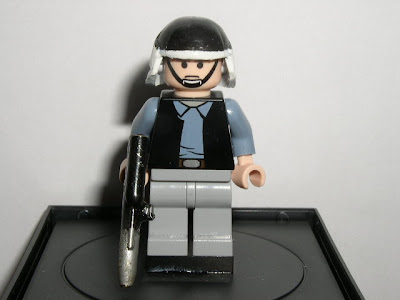 Custom LEGO Star Wars Rebel Commander - front view