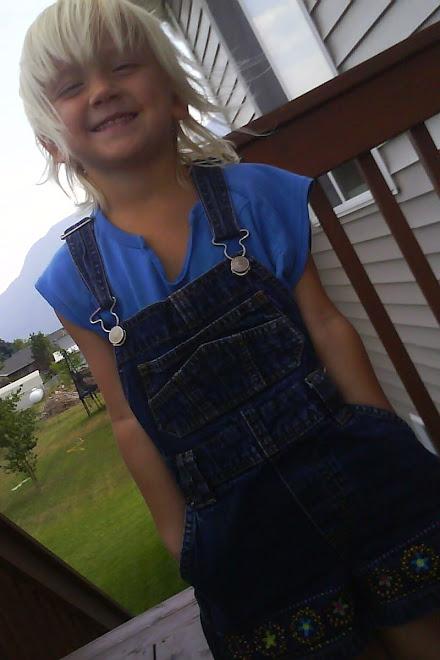 OLIVIA SUMMER 2009