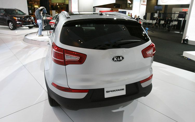 Drivernomics  2011 Kia Sportage Review