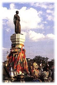 Nakhon ratchasima Statue Of Khun Ying Mo