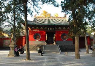 zhengzhou shaolin temple