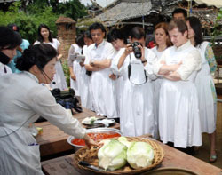 learn how to make kimchi
