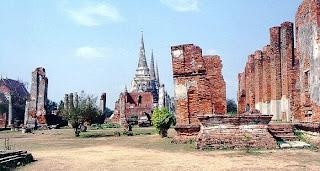 ruin ayutthaya