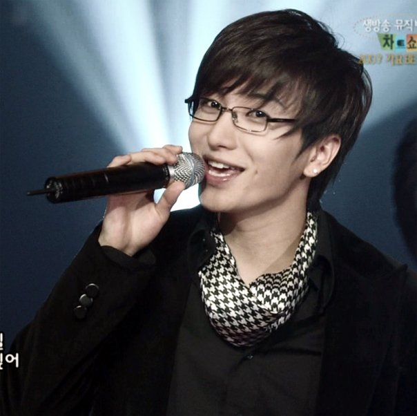 leeteuk car accident leeteuk became seriously injured in a car