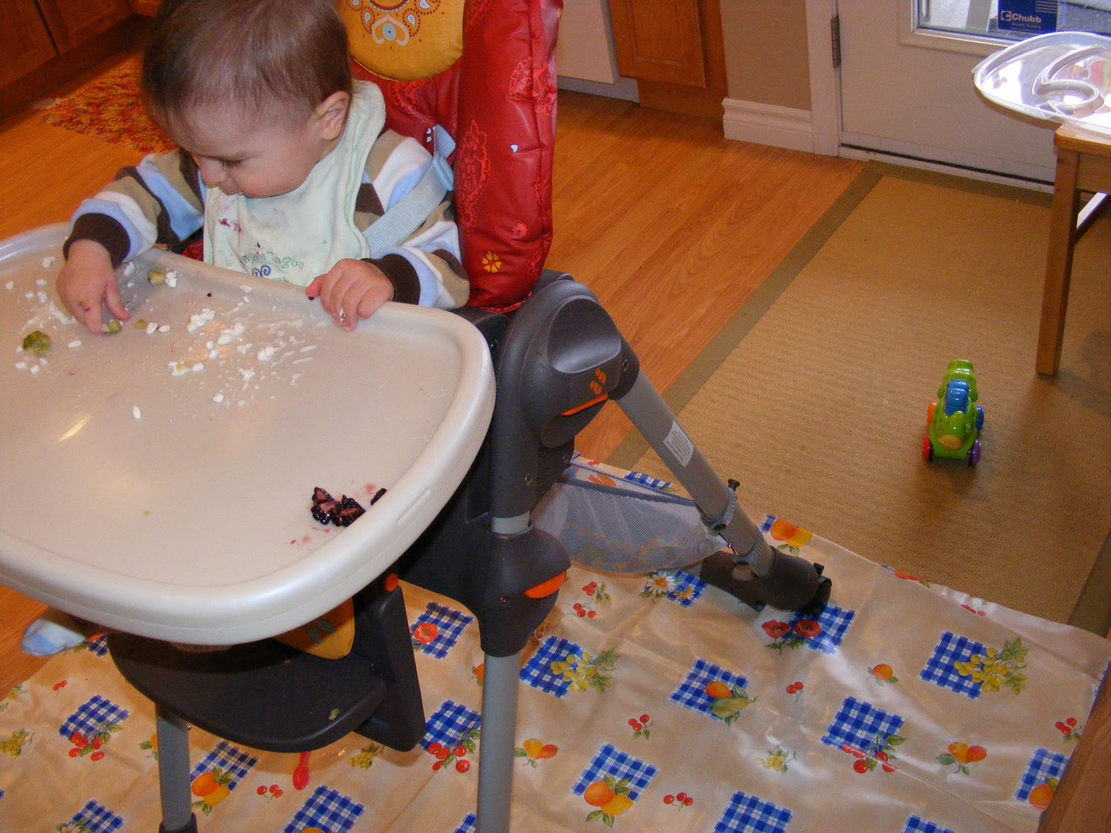 i like to cook under the highchair mat