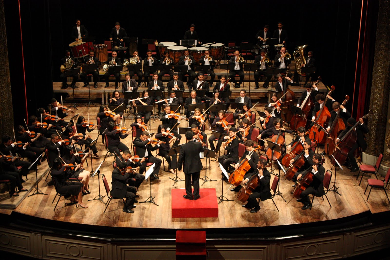 Roberto almeida garanhuns vira capital da m sica cl ssica for Casa discografica musica classica