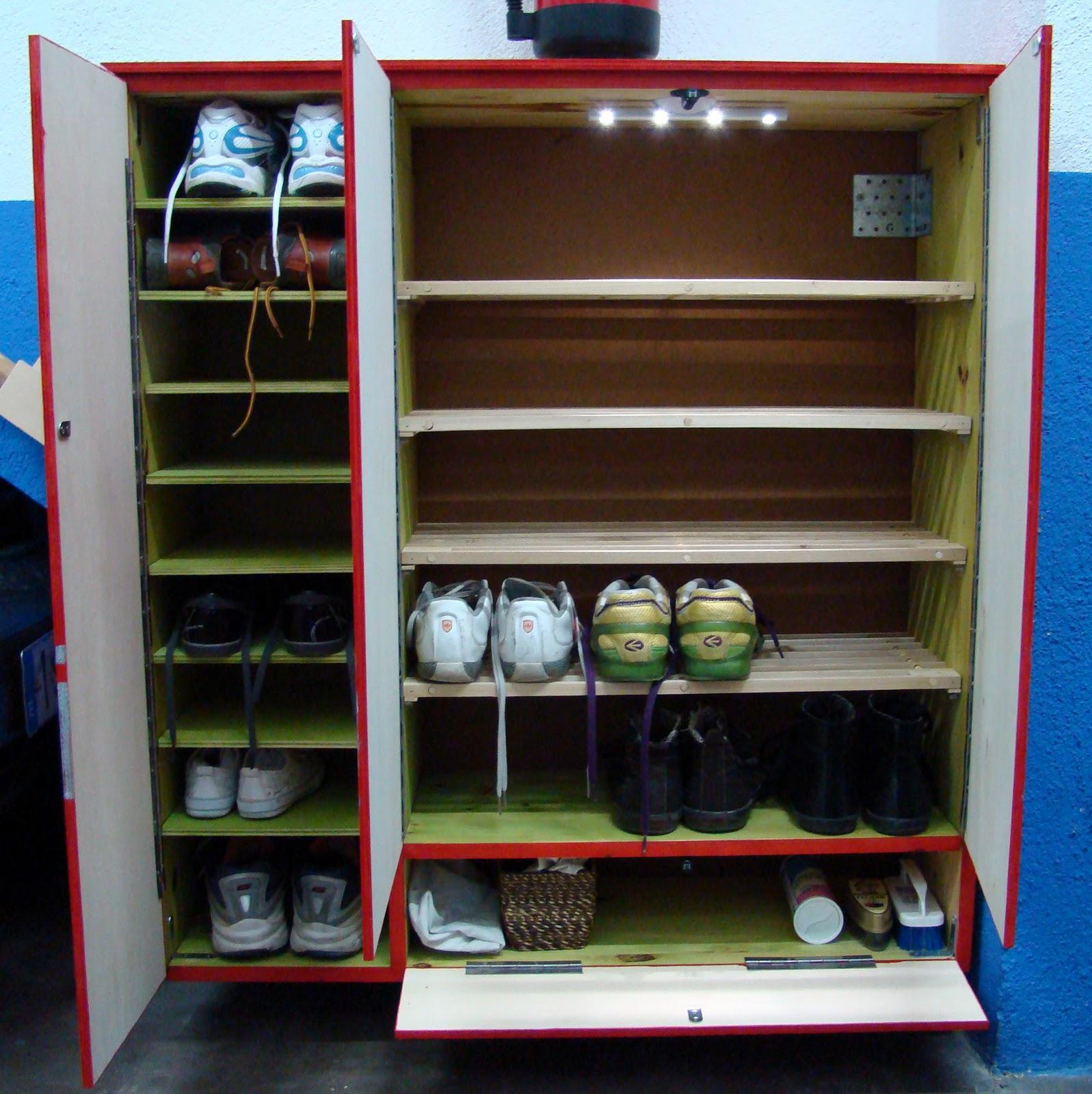 Por si te ayuda un mueble zapatero for Muebles para guardar zapatos y botas