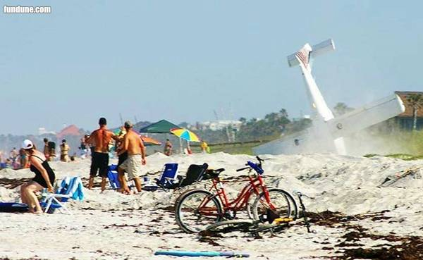 Amazing plane crash