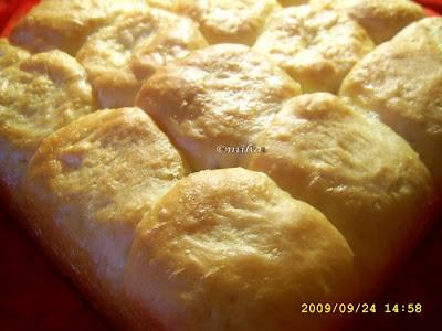 Bucte-paine pentru micul dejun