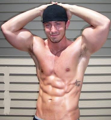 foto de Shirtless Paradise: Muscle Guys