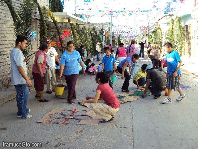 Gente en Iramuco Domingo de Ramos