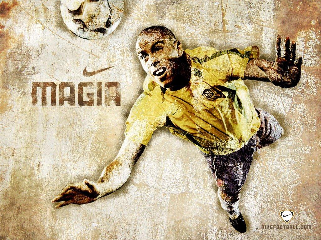 http://1.bp.blogspot.com/_QYAYZn602XA/S9tiNEY3ZKI/AAAAAAAAAVA/w3p0O7_BCHg/s1600/nike-magia-ronaldo.jpg