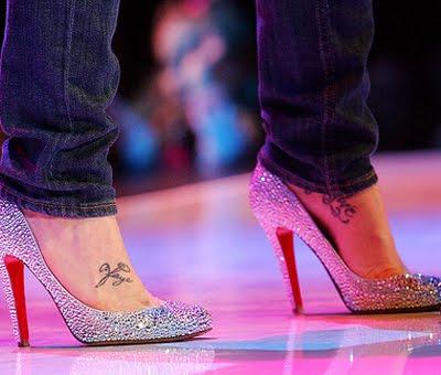 Kellie Pickler on Kellie Pickler Foot And Wrist Tattoo Designs
