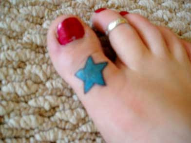 Toe flower and toe star tattoo designs