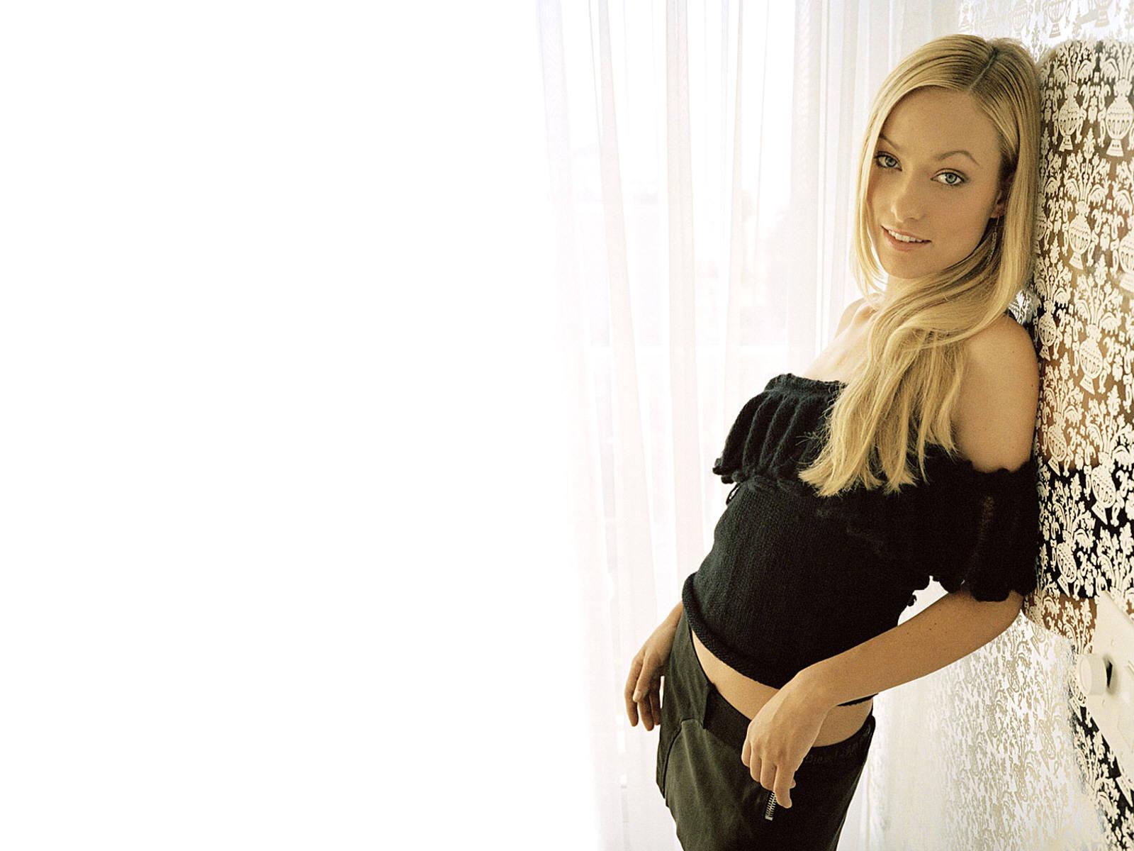 http://1.bp.blogspot.com/_Q_MQFtopsfY/SHYRtr0-m8I/AAAAAAAADOs/YsMVbW5Ebos/s1600/Fullwalls.blogspot.com_Olivia_Wilde(23).jpg