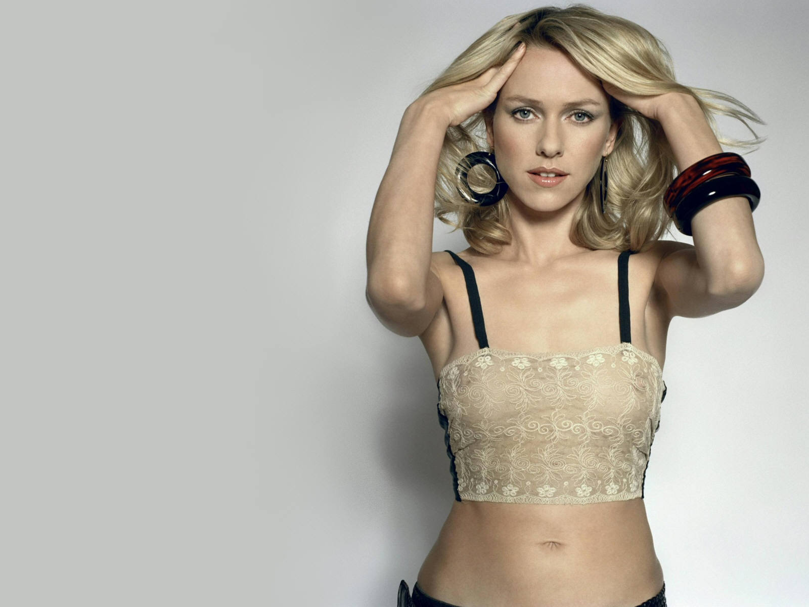 hollywood actress: naomi watts hd pictures,unseen