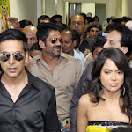 Sameera Reddy,Akshay Kumar Promotes De Dana Dan Exclusive Photo Gallery