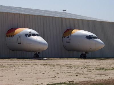 Dos aviones castigados en el Museo del Aire