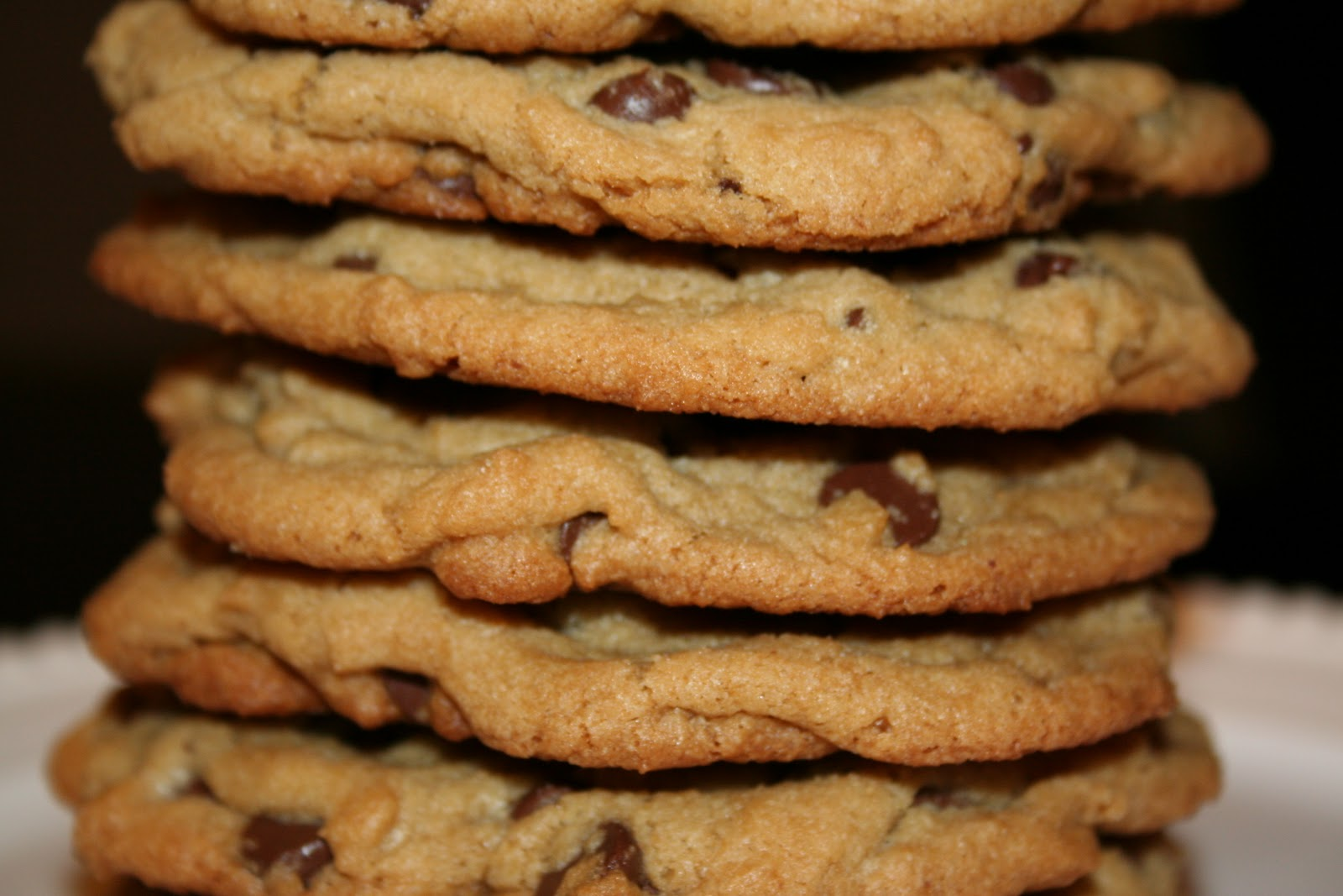 Cooking The Amazing: CHOCOLATE CHIP COOKIES