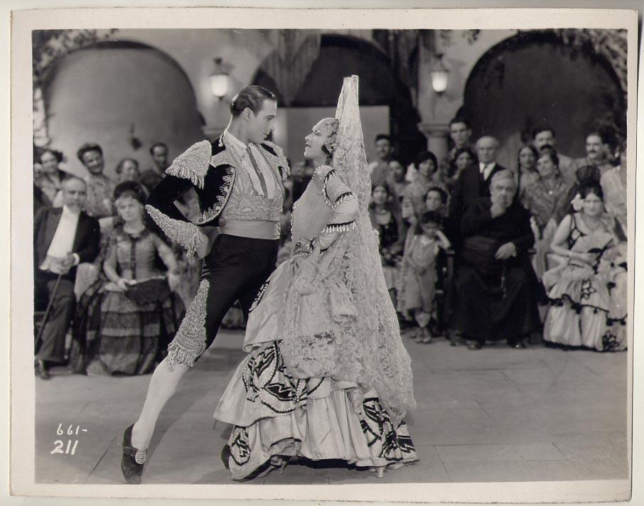 Rudolph Valentino Collectibles: A Few Rare Photos from A ...