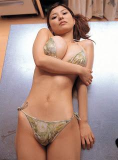 Japanese Model Miri Hanai