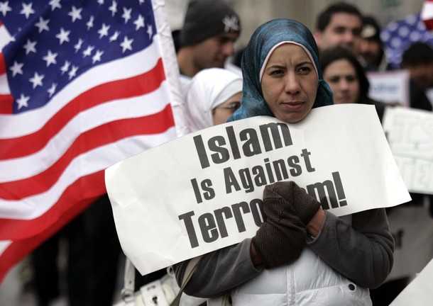 [Arab-Americans+hold+signs+saying+'Islam+Is+Against+Terrorisim'+as+they+demonstrate+outside+the+Federal+court+building+in+Detroit,+Michigan+January+8,+2010,+during+a+hearing+for+Umar+Farouk+Abdulmutallab,.jpg]