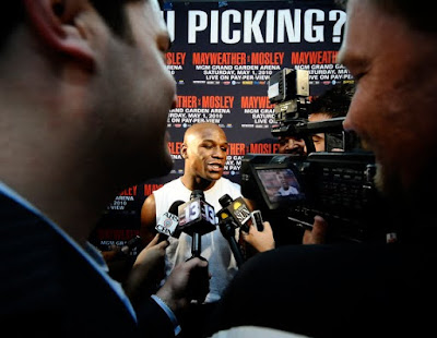 Floyd Jr. face Media