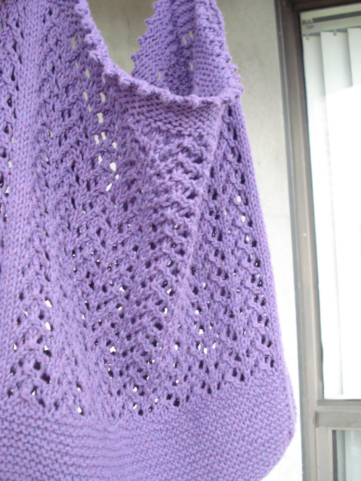 Knitting Mesdemoiselles: Sweetly Kinky Market Bag (pattern)